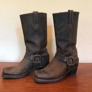 Women's Harness Frye boots